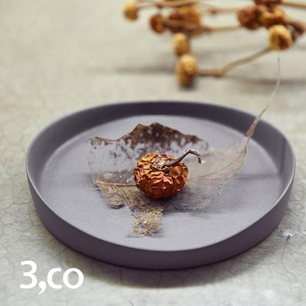 【3,co】水波系列圓形托盤(1號) - 灰 盤,水波,餐具,食器,米其林,當代,國際,台灣之光,台灣,原創,設計,簡約,生活美學,空間,瓷器,東方意象,驚豔,精品,禮物,禮品,送禮