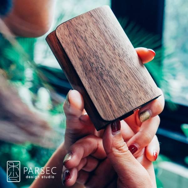 PARSEC|樹革胡桃名片夾 環保皮革,樹革,自然,手工,台灣製