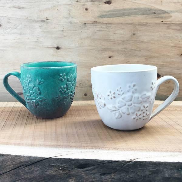 日本窯元益子燒 - 花園燻雕紋馬克對杯組