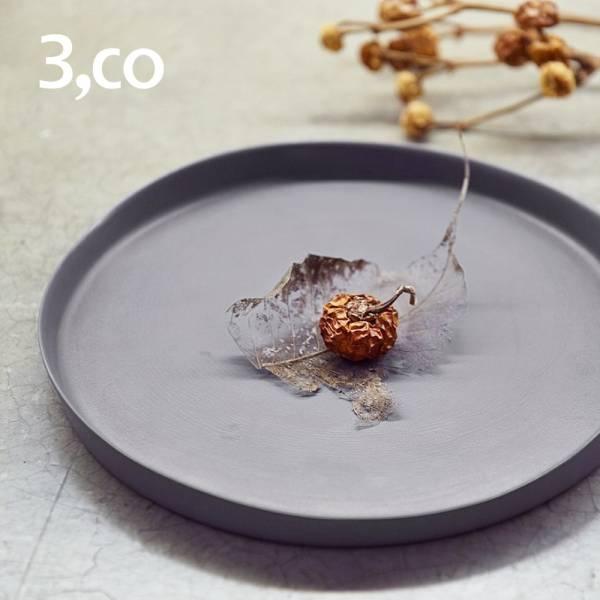 【3,co】水波系列圓形托盤(2號) - 灰 盤,水波,餐具,食器,米其林,當代,國際,台灣之光,台灣,原創,設計,簡約,生活美學,空間,瓷器,東方意象,驚豔,精品,禮物,禮品,送禮
