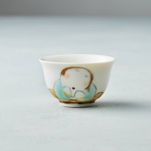 吳仲宗|胖太太系列 - 小杯 - 木蘭白 (水藍衣)  陶瓷杯;茶杯;泡茶杯;酒杯;手繪;三芝藝術家