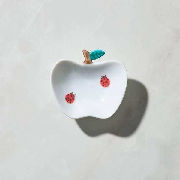 日本晴九谷燒 - 蘋果小盤 - 瓢蟲 ★ 全部日本原裝精緻禮盒,送禮適宜