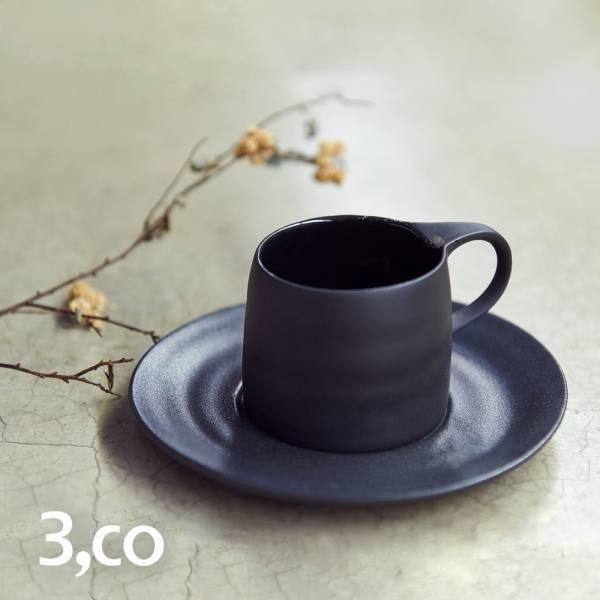 【3,co】卡布奇諾杯碟組(2件式) - 黑 咖啡杯,水杯,茶杯,茶具,水波,餐具,食器,米其林,當代,國際,台灣之光,台灣,原創,設計,簡約,生活美學,空間,瓷器,東方意象,驚豔,精品,禮物,禮品,送禮