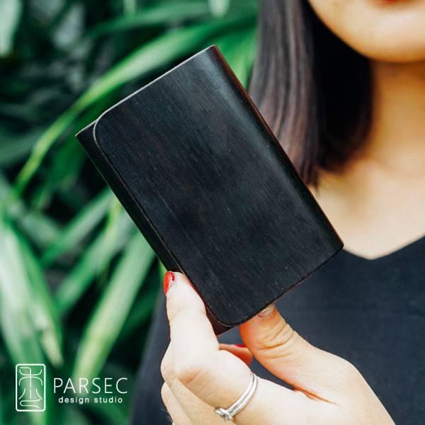 PARSEC|樹革正黑檀名片夾 環保皮革,樹革,自然,手工,台灣製