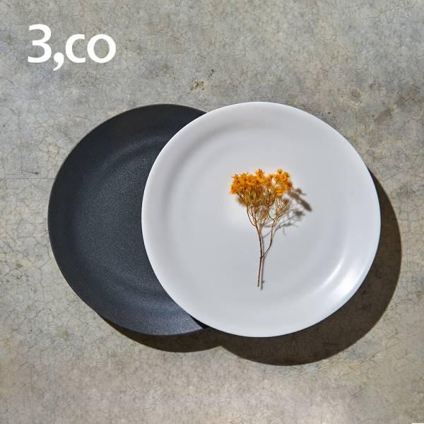 【3,co】水波麵包盤(2件式) - 黑+白 碟,盤,水波,餐具,食器,米其林,當代,國際,台灣之光,台灣,原創,設計,簡約,生活美學,空間,瓷器,東方意象,驚豔,精品,禮物,禮品,送禮