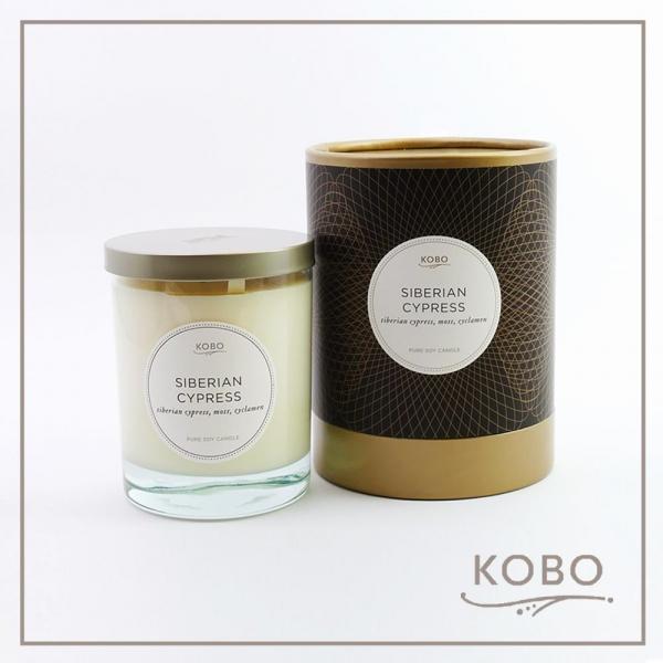 KOBO 美國大豆精油蠟燭 - 西百利亞之柏 (330g/可燃燒80hr) 精油蠟燭、蠟燭