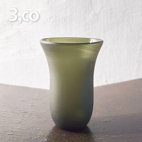 【3,co】手工彩色玻璃杯(大) - 綠 茶杯,酒杯,玻璃杯,杯,擺飾,光雕,玻璃,藝術,品味,花器,當代,國際,台灣之光,台灣,原創,設計,簡約,生活美學,空間,東方意象,驚豔,精品,禮物,禮品,送禮