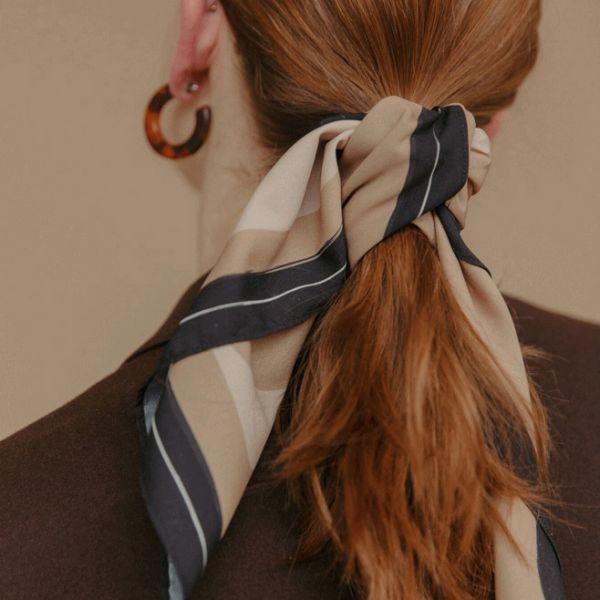 颼,北風吹 。歐洲隨性小浪漫絲巾【945SD】
