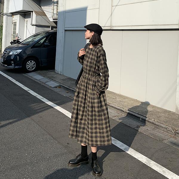 絢,煙花綻。街頭藝術家格子長袖洋裝【938CA】