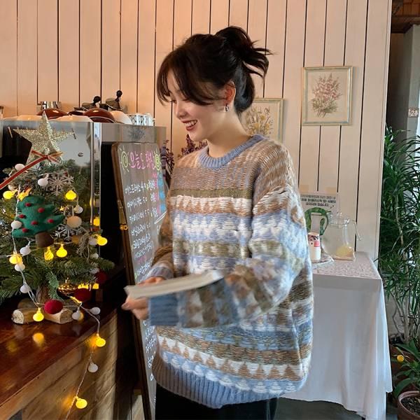 燈,雪散街 。北歐圖騰羊毛料毛衣【951AG】