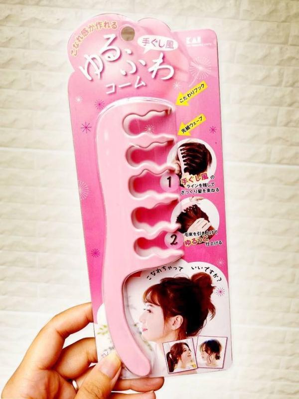 日本 貝印 空氣感魔法梳子 日本 貝印 空氣感魔法梳子