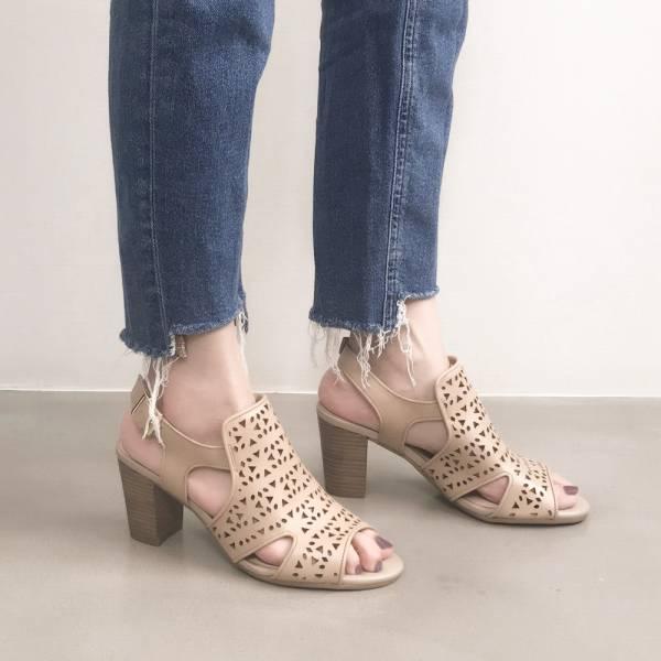 研究室的選品・微裸肌!磨石子沖孔高跟涼鞋 杏 全真皮 【Major Pleasure】-杏仁 涼鞋,真皮,高跟,真皮鞋