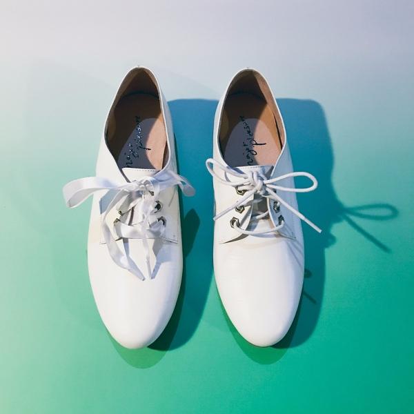 牛奶糖膠底!澎澎足感兩種綁帶鞋 全真皮 MIT -白 MIT,真皮,小白鞋,休閒鞋,出國好穿鞋