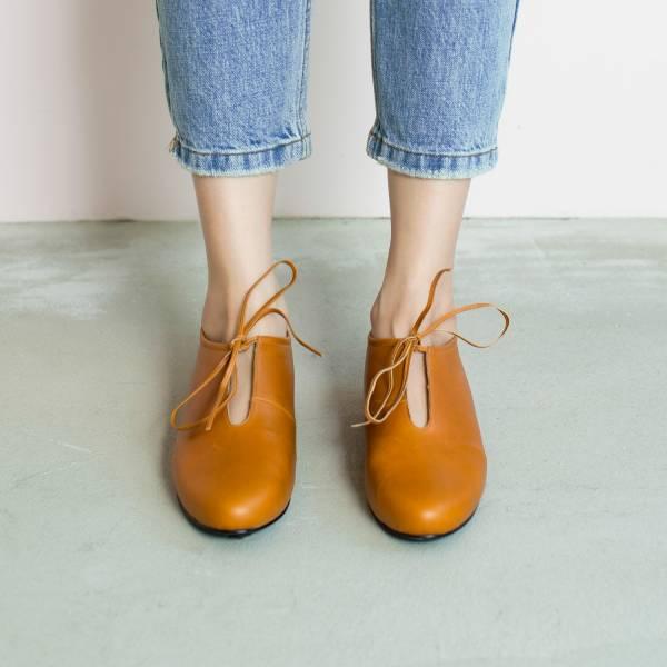 軟軟枕頭足感!舒緩U口綁帶鞋 棕 全真皮 MIT 【Major Pleasure】-胡桃餅 平底鞋,,MIT,手工鞋,真皮鞋,出國好穿鞋
