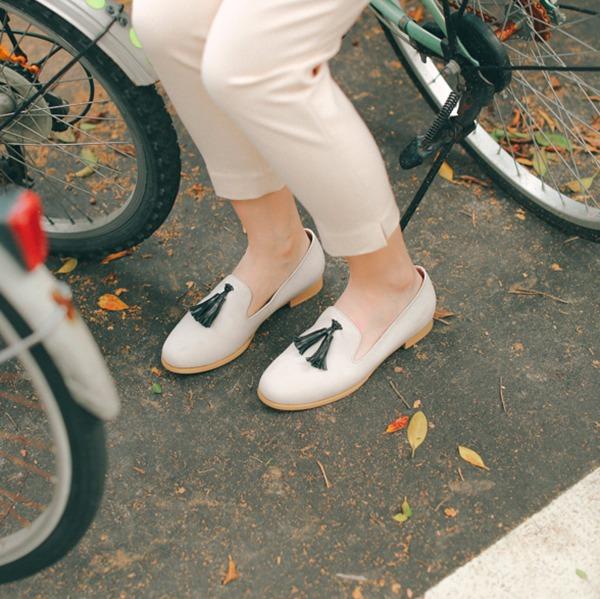 舒芙蕾足感!搖擺流蘇霧面樂福鞋 米白 義大利進口牛皮 MIT -米白 MIT,真皮,流蘇,樂福鞋,出國好穿鞋
