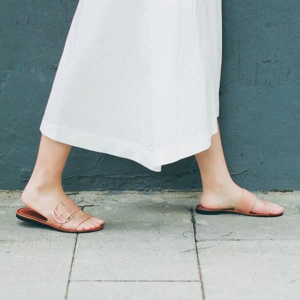蜜蠟光澤!越穿越亮植鞣皮革涼拖鞋 全真皮 MIT -淺粉 MIT,真皮,度假,拖鞋,涼鞋