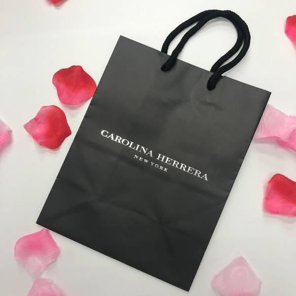 Carolina Herrera 精美黑色紙袋 Carolina Herrera ,精美紙袋,香水,男香