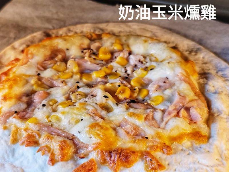 (布娜飛)奶油玉米燻雞手桿薄皮披薩7吋