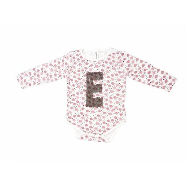 有機竹纖維長袖包屁衣-彩繪字母 加拿大有機棉和竹纖維第一童裝品牌,通過國際最高標準有機認證「GOTS」和「OCIA」。100%透氣無毒,對於受濕疹、異位性(過敏性)皮膚炎、呼吸道問題、換季不適等困擾的嬰幼兒最安心
