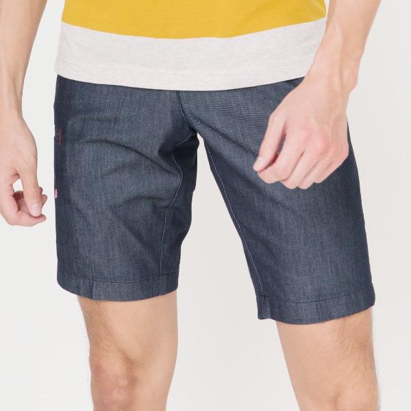 刺繡抽繩休閒短褲(共2色) 休閒短褲,休閒,抽繩,刺繡,服裝,男裝,fantino