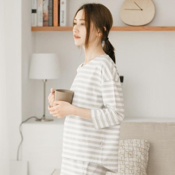 膠原蛋白條紋八分袖家居服上衣/居家服-條紋灰(衣) 家居服,舒適,刺繡,台灣設計,台灣製造,文青,文創設計,刺蝟,居家良品