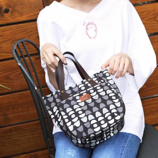 水玉迷宮皮革手把磁扣提袋-共5色 手工布料,台灣設計,台灣製造,花布設計,質感袋包,文創設計,刺蝟,提袋,包包,居家良品,提袋,手提包
