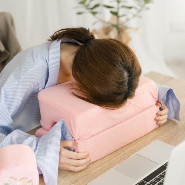 有機棉午休趴枕-麻花橙/腰枕靠枕午休枕3合一枕 午休枕, 午睡枕, 靠枕, 靠腰枕頭, 腰間枕, 腰枕