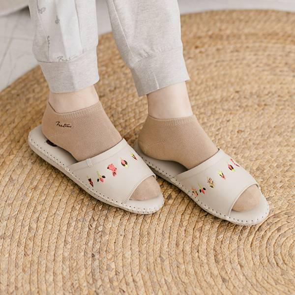 真皮手工縫製刺繡家居拖鞋/防滑室內拖鞋-月球灰(繽紛森林) 女鞋,室內拖,台灣設計,台灣製造,拖鞋,布花,居家良品,防滑,刺蝟,牛皮,真皮