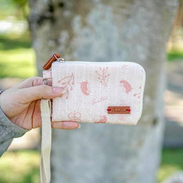 漂浮森林手掛式票卡夾/零錢包-共5色 手工布料,台灣設計,台灣製造,花布設計,質感袋包,文創設計,刺蝟,提袋,包包,居家良品,提袋,手提包,方包,肩背包,側背包
