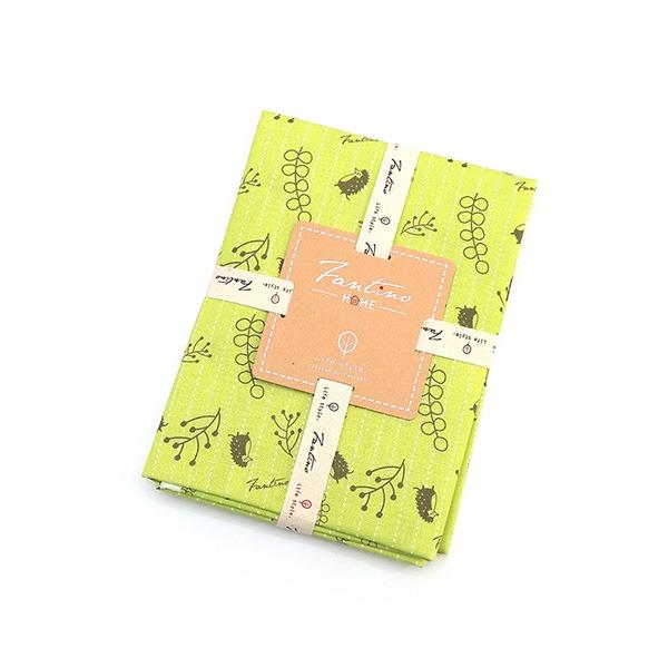 棉麻布料(漂浮森林)-草地綠  布,台灣設計,台灣製造,手工藝,布料,文創設計,刺蝟,手作,居家良品,棉麻,布料,服裝輔料,diy,手工製作,手工材料