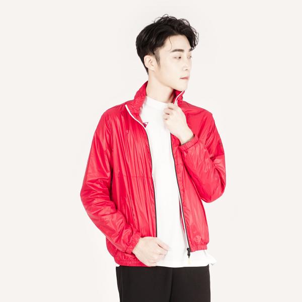 時尚亮面防風連帽薄外套(男裝)-紅(帽子可收)