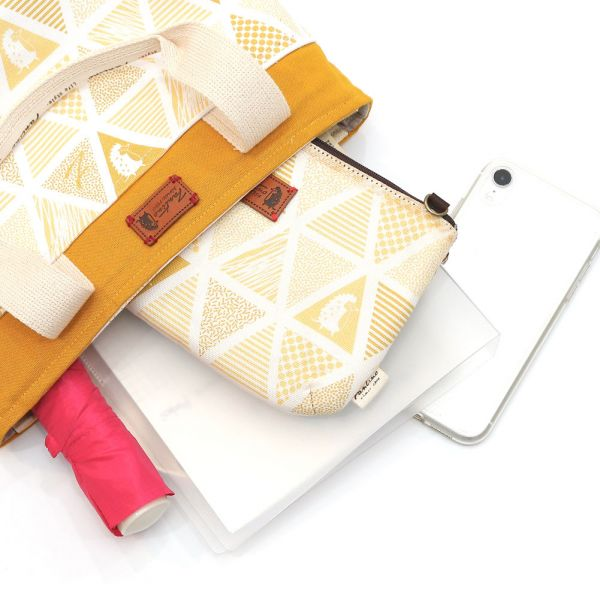 三角密室雜貨風帆布提袋-共5色 手工布料,台灣設計,台灣製造,花布設計,質感袋包,文創設計,刺蝟,提袋,包包,居家良品,提袋,手提包,方包,肩背包,側背包
