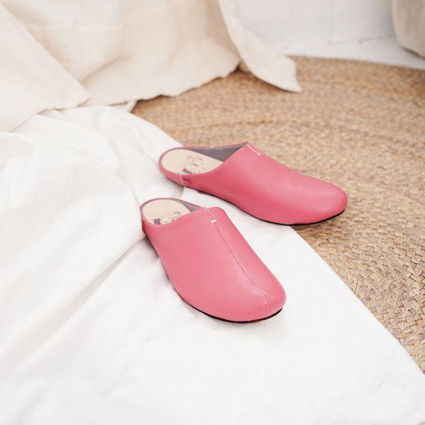 (包腳款)真皮防滑家居拖鞋/室內拖鞋-莓果紅 女鞋,室內拖,台灣設計,台灣製造,拖鞋,布花,居家良品,防滑,刺蝟,牛皮,真皮