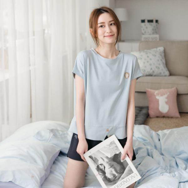 美膚膠原蛋白木扣開衩家居服上衣/居家服-藍(衣) 睡衣,家居服,居家服,舒服的睡衣,美膚睡衣,膠原蛋白睡衣,fantino睡衣