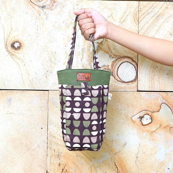 防撞手機水壺袋/水瓶提袋(水玉迷宮)-綠水玉 飲料杯套,環保杯套,手提杯套,杯套,環保飲料提袋,飲料袋,飲料提袋,婚禮小物,禮物,外帶,環保,防水布,杯套,飲料,提袋,杯套提袋,環保杯袋,環保杯,飲料杯