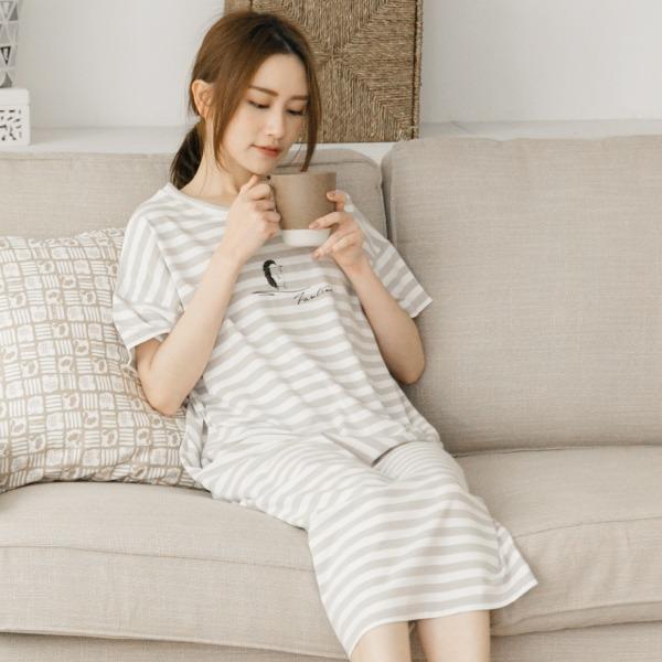 膠原蛋白條紋口袋家居服連身裙/居家服-條紋灰 家居服,舒適,刺繡,台灣設計,台灣製造,文青,文創設計,刺蝟,居家良品