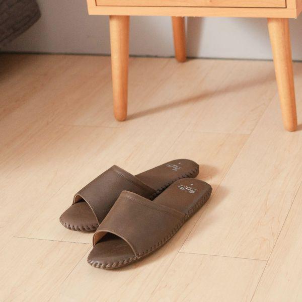 (男鞋)真皮手縫家居男拖鞋/防滑室內拖鞋-咖啡 女鞋,室內拖,台灣設計,台灣製造,拖鞋,布花,居家良品,防滑,刺蝟,牛皮,真皮