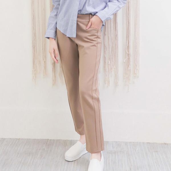 彈性針織九分褲(共2色) 休閒服,舒適,刺繡,台灣設計,台灣製造,文青,文創設計,刺蝟,戶外休閒