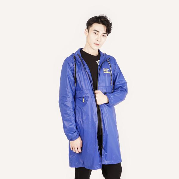 時尚亮面防風連帽長版薄外套(男裝)-藍