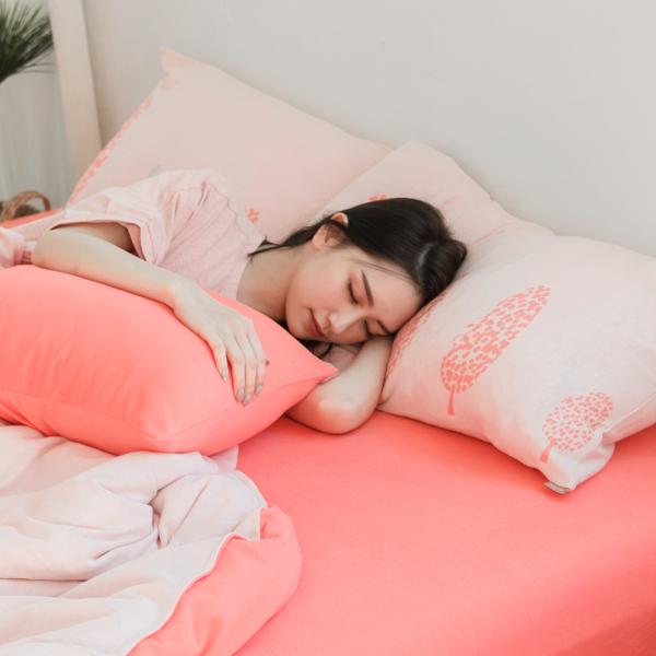 【枕套】小兔純棉針織寢具-櫻花粉 女襪,台灣設計,台灣製造,文青,短襪,文創設計,刺蝟,膠原蛋白,居家良品,寢具,枕套