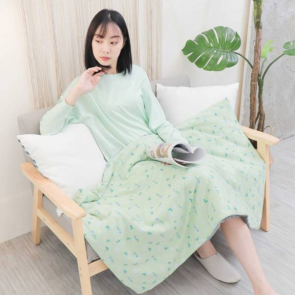 UMORFIL膠原蛋白珊瑚絨童被/兒童被/蓋毯/嬰兒被72X120cm-拼接綠 女襪,台灣設計,台灣製造,文青,短襪,文創設計,刺蝟,膠原蛋白,居家良品,寢具,枕套