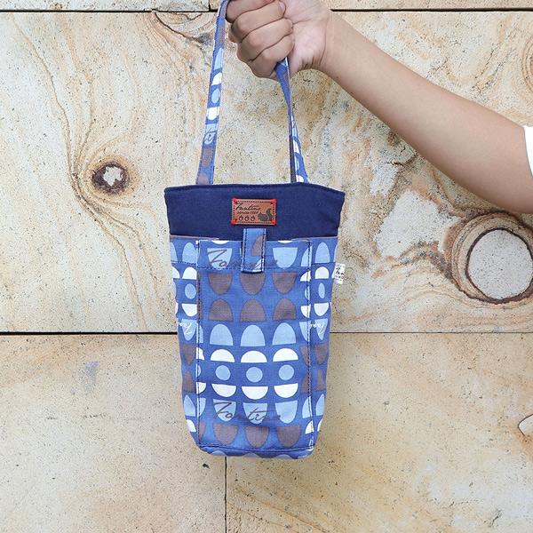 防撞手機水壺袋/水瓶提袋(水玉迷宮)-藍水玉 飲料杯套,環保杯套,手提杯套,杯套,環保飲料提袋,飲料袋,飲料提袋,婚禮小物,禮物,外帶,環保,防水布,杯套,飲料,提袋,杯套提袋,環保杯袋,環保杯,飲料杯