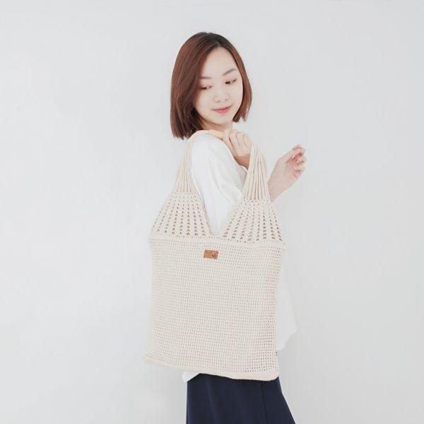 職人手作編織真皮手把A4提袋-共2色 手工布料,台灣設計,台灣製造,花布設計,質感袋包,文創設計,刺蝟,提袋,包包,居家良品,提袋,手提包,方包,肩背包,側背包