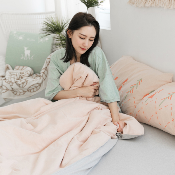 【床包】有機棉針織寢具-麻花灰 女襪,台灣設計,台灣製造,文青,短襪,文創設計,刺蝟,膠原蛋白,居家良品,寢具,枕套