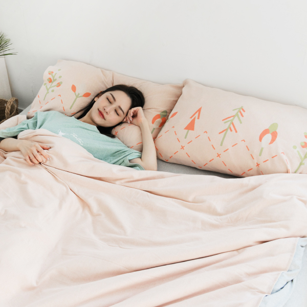 【枕套】小樹純棉針織寢具-粉橘 女襪,台灣設計,台灣製造,文青,短襪,文創設計,刺蝟,膠原蛋白,居家良品,寢具,枕套