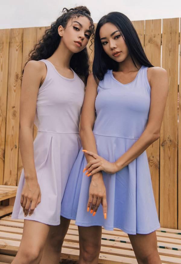 簡單設計網球連身裙