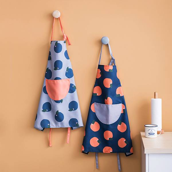 波點橙烹飪圍裙 PlayByPlay,玩生活,居家,廚房,烹飪料理,廚房圍裙,烹飪圍裙,烘焙圍裙,工作圍裙,半身裙,口袋,防油,防水,多用途,波爾卡點,卡通,可愛,繽紛
