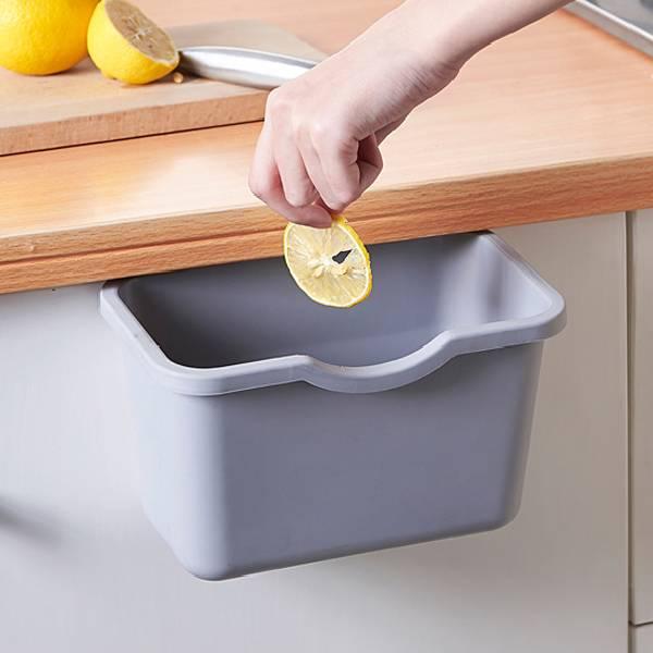廚房隨手掛式垃圾桶 PlayByPlay,玩生活,廚房,櫥櫃,垃圾桶,廚餘,卡扣設計,吊掛,不須彎腰,省力,省空間,維持整潔,收納,