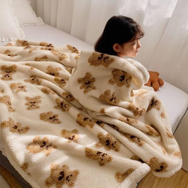 北歐風小熊羊絨毯 PlayByPlay,玩生活,居家,臥室,客廳,多用途,冬天,冬季,毯,保暖毯,萬用毯,四季毯,懶人毯,舒適毯,被子,披肩,棉被,羊羔絨,絨毛毯,法蘭絨,泰迪熊,北歐風,保暖