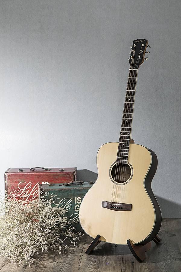 台灣原創 guitarman M-31A 40吋 雲杉面單 手工40吋OM桶身吉他 烏克麗麗,學吉他,買吉他,手工製,吉他,旅行吉他,吉他袋,吉他教學,吉他入門